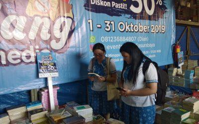 Kunjungan ke Gudang Buku Gramedia